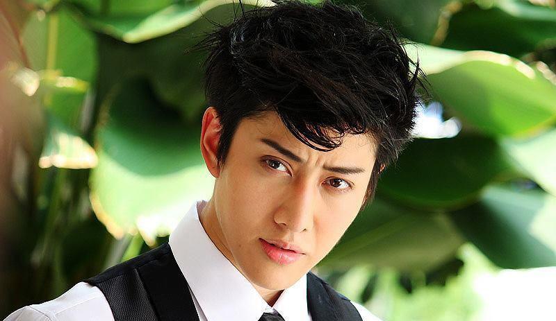 mike: 泰国传奇歌手的演员之路